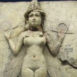 Kubaba of Sumeria becomes humanity's first female ruler