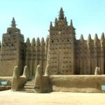 "The original uploader was Euronaut at German Wikipedia. Later versions were uploaded by Zahnstein at de.wikipedia. (https://commons.wikimedia.org/wiki/File:Djenné_Moschee.jpg), ""Djenné Moschee"", Cropping by Peter Schulte, https://creativecommons.org/licenses/by-sa/3.0/legalcode"